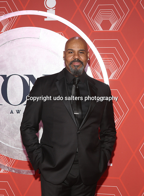 James Monroe Iglehart attends the 74th Tony Awards-Broadway's Back! arrivals at the Winter Garden Theatre in New York, NY, on September 26, 2021. (Photo by Udo Salters/Sipa USA)