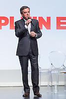 FRAN«OIS FILLON DONNE LA PAROLE AUX FRAN«AIS AUTOUR DU 'PLEIN EMPLOI' AU PALAIS DES CONGRES D'ISSY LES MOULINEAUX