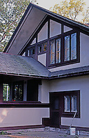 F.L. Wright: Hickox House, Kankakee. N. elevation from west.