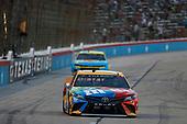 #18: Kyle Busch, Joe Gibbs Racing, Toyota Camry M&M's Summering