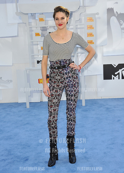 Shailene Woodley at the 2015 MTV Movie Awards at the Nokia Theatre LA Live.<br /> April 12, 2015  Los Angeles, CA<br /> Picture: Paul Smith / Featureflash