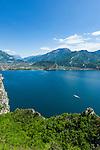 Italy, Trentino, Lake Garda, Pregasina above Riva del Garda with great view to the North bank of lake Garda with Nago-Torbole | Italien, Trentino, Gardasee, Pregasina oberhalb von Riva del Garda mit fantastischem Blick auf das Nordufer mit Nago-Torbole