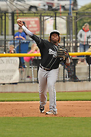 Lansing Lugnuts third baseman Vladimir Guerrero Jr. (27)throws to first base during a game against the Clinton LumberKings at Ashford University Field on May 9, 2017 in Clinton, Iowa.  The Lugnuts won 11-6.  (Dennis Hubbard/Four Seam Images)