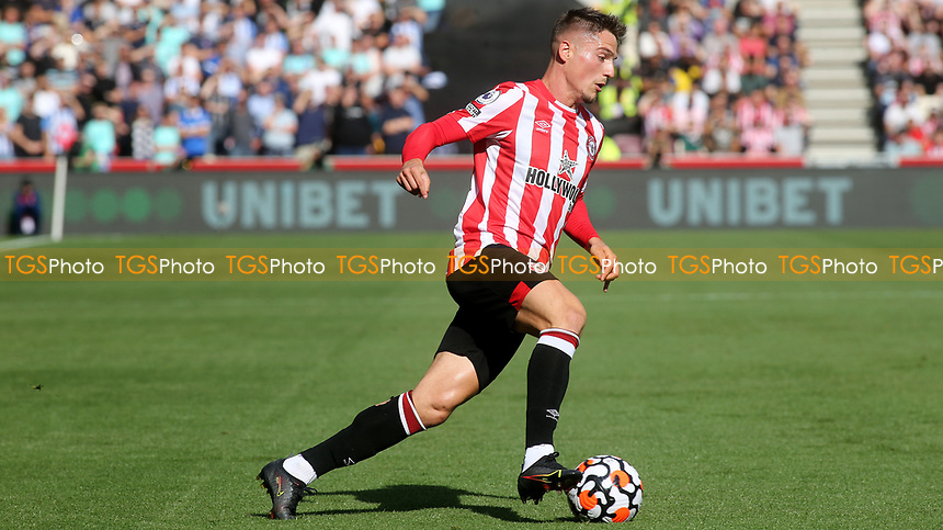 Sergi Canos of Brentford in action during Brentford vs Brighton & Hove Albion, Premier League Football at the Brentford Community Stadium on 11th September 2021