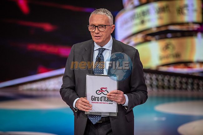 Antonello Orlando at the presentation of the 2021 Giro d'Italia Route in the Rai Studios in Corso Sempione, Milan, Italy. 23rd February 2021.  <br /> Picture: LaPresse/Claudio Furlan | Cyclefile<br /> <br /> All photos usage must carry mandatory copyright credit (© Cyclefile | LaPresse/Claudio Furlan)