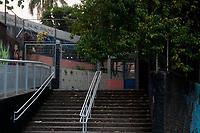 Sao Paulo - SP, 16/03/2020 - Covid 19 Escolas Estaduais  - Alunos da Escola Estadual  Brigadeiro Gaviao Peixoto a maior escola da rede estadual do estado localizada no bairro de Perus na zona noroeste da cidade Sao Paulo , terao aula normal e orientacao sobre procedimentos em relacao a Covid 19. As escolas estaduais e publicas devem fechar gradualmente ate dia 23 de marco. (Foto: Roberto Costa/Codigo 19/Codigo 19)