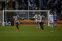 SÃO PAULO, SP 06.06.2019: SANTOS-ATLÉTICO-MG - Chará comemora o segundo gol. Santos e Atlético-MG durante partida de volta válida pelas oitavas de final da Copa do Brasil, no estádio Paulo Machado de Carvalho, o Pacaembu, zona oeste da capital, na noite desta quinta-feira (06). (Foto: Ale Frata/Codigo19)