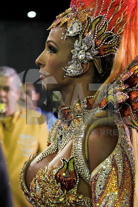 SÃO PAULO, SP, 06 DE MARÇO DE 2011 - CARNAVAL 2011 / ÁGUIA DE OURO -  Valesca Popozuda Rainha de bateria da escola de samba Águia de Ouro, durante o segundo dia dos desfiles as escolas do Grupo Especial de São Paulo, no Sambódromo do Anhembi, zona norte da capital paulista, na noite deste sábado (05). (FOTO: VANESSA CARVALHO / NEWS FREE).