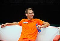 06-02-12, Netherlands,Tennis, Den Bosch, Daviscup Netherlands-Finland, Training, Thiemo de Bakker