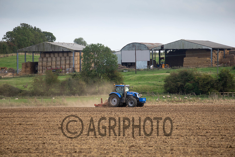 9.9.2020 Power harrowing in Lincolnshire <br /> ©Tim Scrivener Photographer 07850 303986<br />      ....Covering Agriculture In The UK.