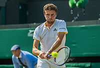 London, England, 6 th July, 2017, Tennis,  Wimbledon, Gilles Simon (FRA)<br /> Photo: Henk Koster/tennisimages.com