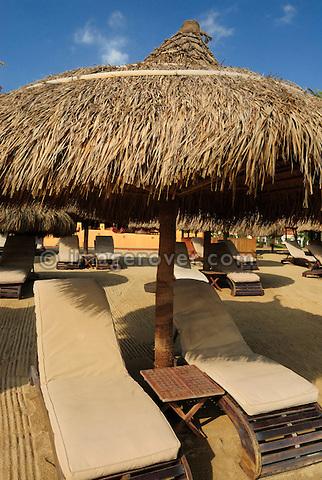 """Asia, Vietnam, Nha Trang. The """"Sailing Club"""" beach bar at Nha Trang's beach promenade Tran Phu."""