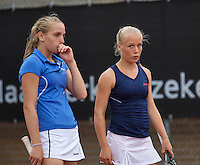10-08-13, Netherlands, Rotterdam,  TV Victoria, Tennis, NJK 2013, National Junior Tennis Championships 2013,  <br /> Isolde de Jong(L) and Annick Melgers, winners girls doubles 14 years.<br /> Photo: Henk Koster
