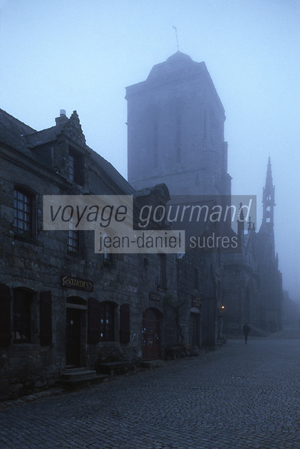 Europe/France/Bretagne/29/Finistère/Locronan: Vieux logis et Eglise St-Ronan