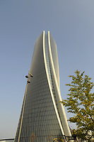 - Milano CityLife, Torre Hadid ( headquarter milanese di Generali Assicurazioni),  lo Storto <br /> <br /> - Milan CityLife, Hadid Tower ( Milan headquarter of Generali Assicurazioni), the Twisted One