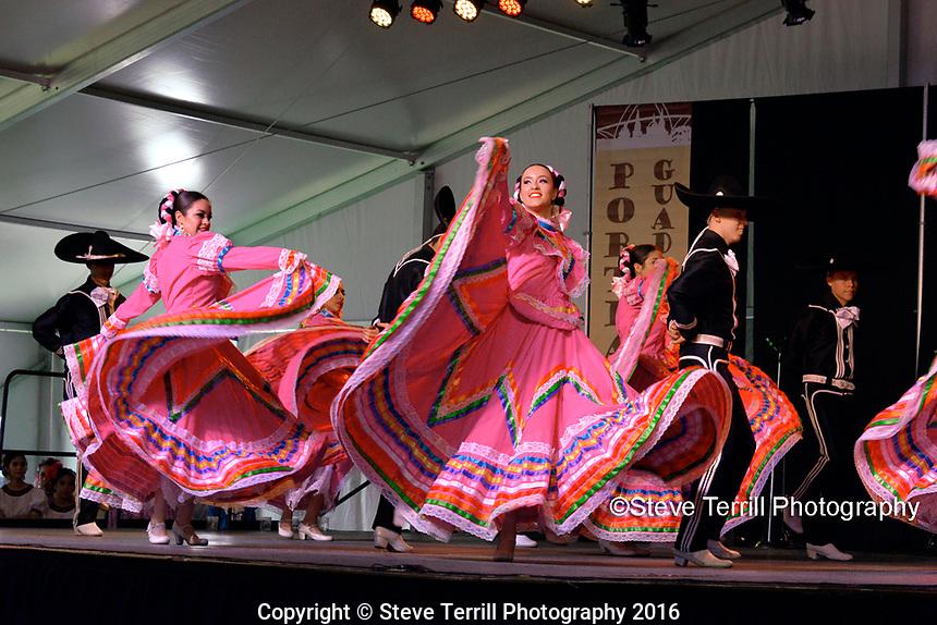 Ballet Folklorico Mexico En La Piel Academia performing at Cinco De Mayo Festival in Portland Oregon