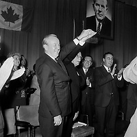 Lester Bowles Pearson , durant la<br /> Campagne electorale Liberale Federale,  <br /> le 12 octobre 1965<br /> <br /> Photo: Photo Moderne - Agence Quebec Presse<br /> <br /> NOTE : Publication dans Le Soleil 12 et 13 octobre 1965