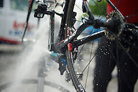2013 Giro d'Italia.restday 1 with Team Lotto-Belisol ..washing the Ridley Helium