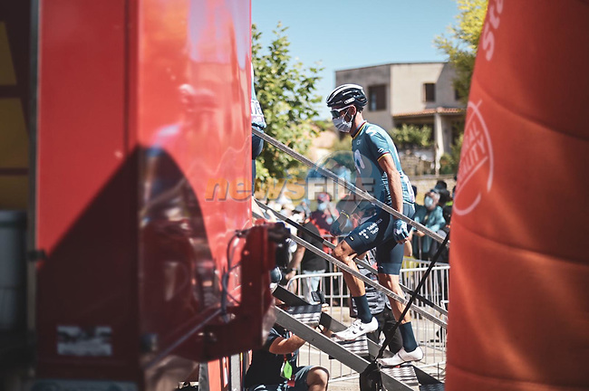 Alejandro Valverde (ESP) Movistar Team at sign on before Stage 3 of La Vuelta d'Espana 2021, running 202.8km from Santo Domingo de Silos to Picon Blanco, Spain. 16th August 2021.    <br /> Picture: Unipublic/Charly Lopez | Cyclefile<br /> <br /> All photos usage must carry mandatory copyright credit (© Cyclefile | Unipublic/Charly Lopez)