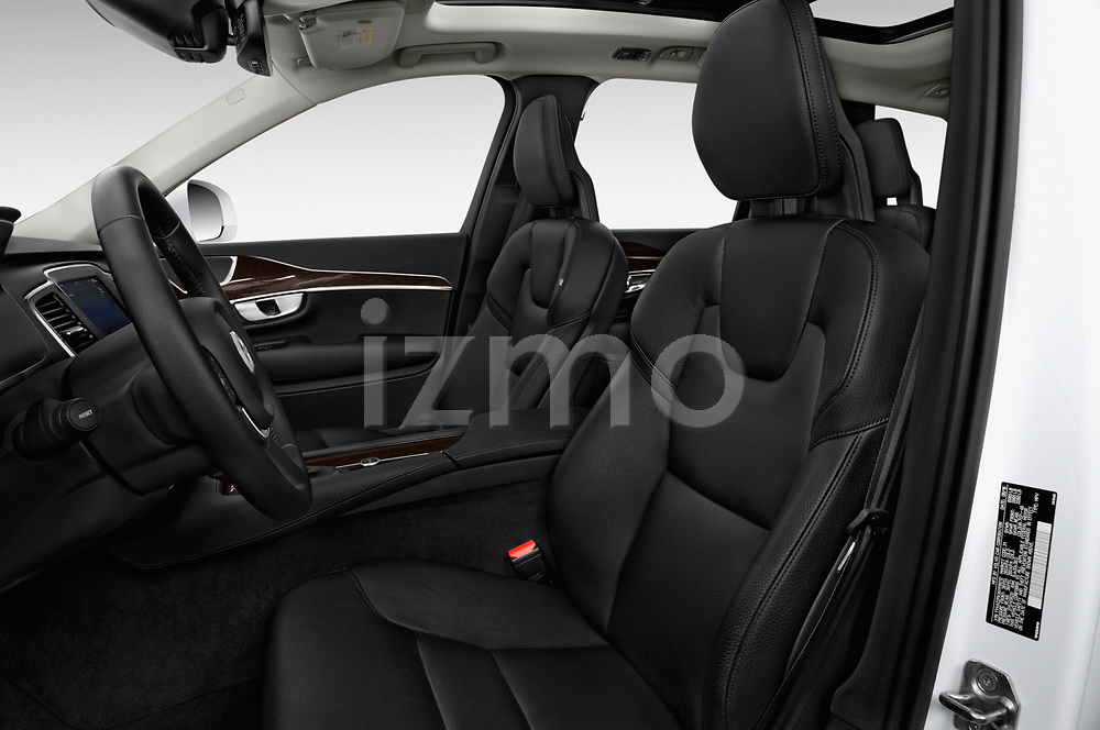 Front seat view of a 2019 Volvo XC90 T5 Momentum AWD 5 Door SUV front seat car photos