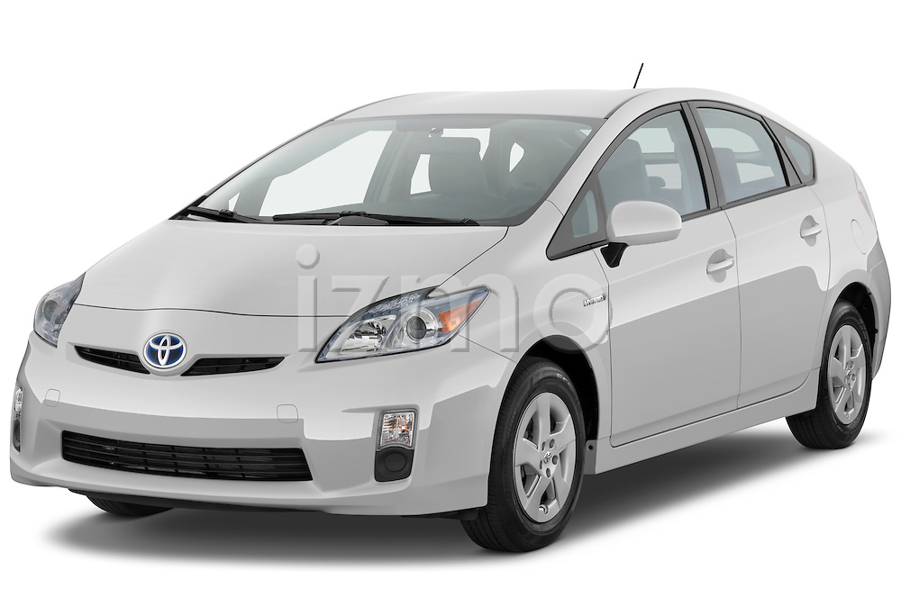Front three quarter view of a 2010 Toyota Prius 2.