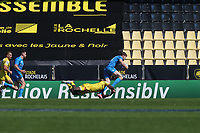 2nd May 2021; Stade Marcel-Deflandre, La Rochelle, France. European Champions Cup Rugby La Rochelle versus  Leinster Semi-Final;  ROBBIE HENSHAW of Leinster tries to break the ankle tackle