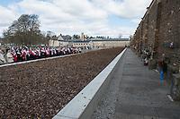 Mehrere hundert Menschen kamen zur Feierlichkeit anlaesslich des 71. Jahrestages der Befreiung des Frauen-Konzentrationslagers Ravensbrueck, unter ihnen auch der stellv. Außenminister Griechenlands, Nikos Xydakis. <br /> Von den ueber 120.000 Frauen und 20.000 Maennern, die im Nationalsozialismus in dem Konzentrationslager inhaftiert waren leben 71 Jahre nach der Befreiung durch die Rote Armee nur noch 160. Ueberlebenden aus Frankreich, Norwegen, Polen, Spanien, Slovakei und Italien nahmen an der Veranstaltung teil.<br /> Im Anschluss an die offiziellen Reden wurden Kraenze am Mahnmal am Schwedter See niedergelegt und Blumen in den See geworfen. Waehrend der NS-Zeit wurde die Asche der ermordeten in den See gekippt.<br /> Im Bild: Polinische Nonnen singen im Gedenkan an die Ermodeten.<br /> 17.4.2016, Ravensbrueck/Brandenburg<br /> Copyright: Christian-Ditsch.de<br /> [Inhaltsveraendernde Manipulation des Fotos nur nach ausdruecklicher Genehmigung des Fotografen. Vereinbarungen ueber Abtretung von Persoenlichkeitsrechten/Model Release der abgebildeten Person/Personen liegen nicht vor. NO MODEL RELEASE! Nur fuer Redaktionelle Zwecke. Don't publish without copyright Christian-Ditsch.de, Veroeffentlichung nur mit Fotografennennung, sowie gegen Honorar, MwSt. und Beleg. Konto: I N G - D i B a, IBAN DE58500105175400192269, BIC INGDDEFFXXX, Kontakt: post@christian-ditsch.de<br /> Bei der Bearbeitung der Dateiinformationen darf die Urheberkennzeichnung in den EXIF- und  IPTC-Daten nicht entfernt werden, diese sind in digitalen Medien nach §95c UrhG rechtlich geschuetzt. Der Urhebervermerk wird gemaess §13 UrhG verlangt.]