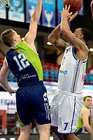 10-04-2021: Basketbal: Donar Groningen v ZZ Leiden: Groningen, Donar speler Davonte Lacy in duel met Leiden speler Riley Lachance