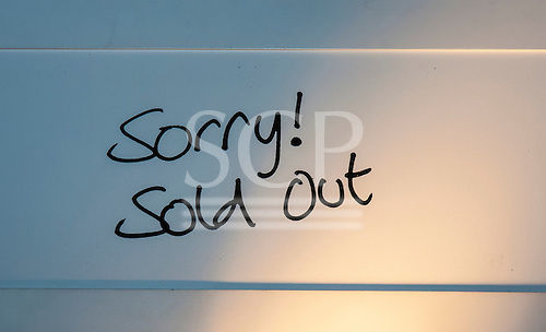 London, England. Sorry! Sold out sign.