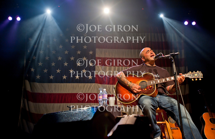 Photographs of singer/songwriter Aaron Lewis.