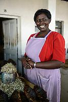 KENYA Kisumu, women at dry fish market / KENIA Kisumu, Frauen auf dem Fischmarkt