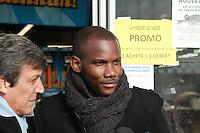 Lassana Bathily - Hommage aux victimes de l'attentat de l'Hyper Cacher, Porte de Vincennes, ‡ Paris, France, le 05/01/2017. # HOMMAGE AUX VICTIMES DE L'ATTENTAT DE L'HYPER CACHER, 2 ANS APRES