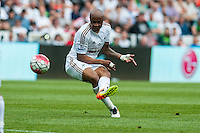 Andre Ayew of Swansea City  shoots from a free kick to score for Swansea during the Barclays Premier League match between Swansea City and Manchester City played at the Liberty Stadium, Swansea on the 15th of May  2016