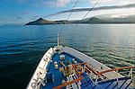 The M-V Santa Cruz cruise boat arrives in front of Isabela Island<br /> Bateau Santa Cruz arrivant a l ile Isabela dans l archipel des Galapagos