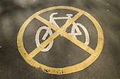 No cycling sign in Waterlow Park, Hightgate.