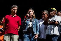 Sao Paulo, 01.05.2019 - ATO PRIMEIRO DE MAIO - Gleisi Hoffmann. As centrais sindicais dos trabalhadores realizaram nesta quarta-feira (1) um ato unificado para celebrar o primeiro de maio, no Vale do Anhangabau, centro de Sao Paulo; alem de protestos contra a reforma da Previdencia, evento contou com diversos shows.  (Foto: Carla Carniel/Código19)