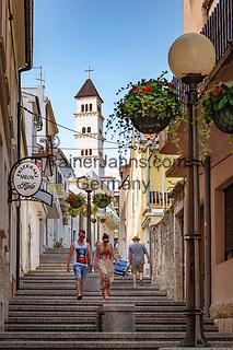 Croatia, Kvarner Gulf, Crikvenica: stairs up to catholic church St Anton   Kroatien, Kvarner Bucht, Crikvenica: Treppen fuehren hinauf zur katholischen Kirche St. Anton