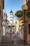 Croatia, Kvarner Gulf, Crikvenica: stairs up to catholic church St Anton | Kroatien, Kvarner Bucht, Crikvenica: Treppen fuehren hinauf zur katholischen Kirche St. Anton