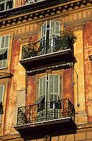 Europe/France/Provence-Alpes-Côte d'Azur/06/Alpes-Maritimes/Nice: Détail des vielles maisons sur le port