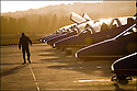 -2008- Salon-de-Provence- Petit matin sur la base aérienne 701.<br /> Arrivée des techniciens.