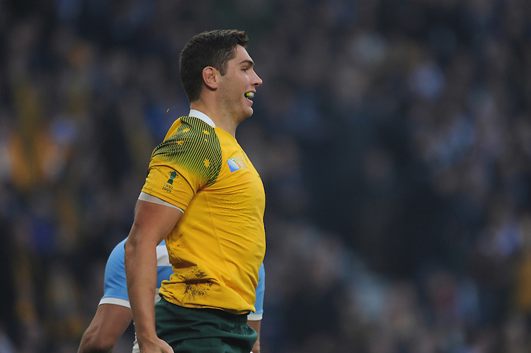 Rob Simmons of Australia puffs his chest after scoring an early try during the Semi Final of the Rugby World Cup 2015 between Argentina and Australia - 25/10/2015 - Twickenham Stadium, London<br /> Mandatory Credit: Rob Munro/Stewart Communications