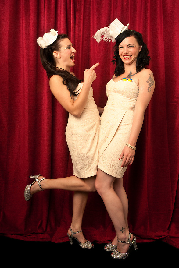 The Amazing Knicker Kittens Burlesque Review Dancers at Burlesque Hall of Fame Exotic World