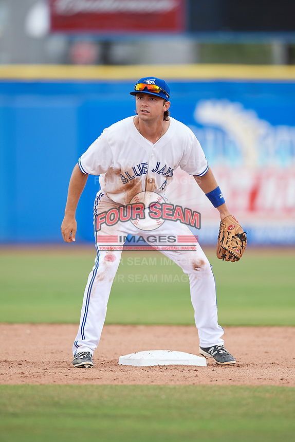 Dunedin Blue Jays second baseman John La Prise (19) during a game against the Clearwater Threshers on April 8, 2018 at Dunedin Stadium in Dunedin, Florida.  Dunedin defeated Clearwater 4-3.  (Mike Janes/Four Seam Images)