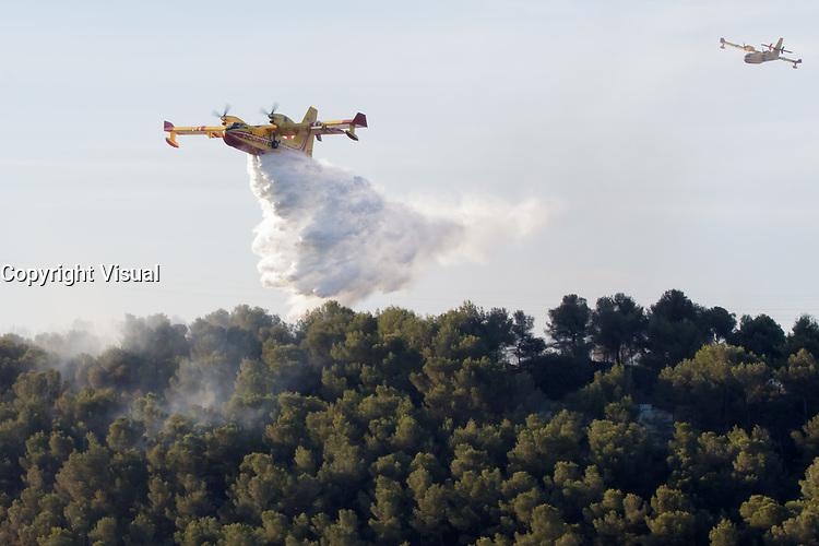 incendie sur la commune des pennes mirabeau le jeudi 11 aout 2016