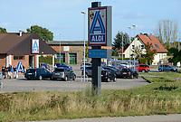 GERMANY, discounter Aldi  / DEUTSCHLAND, Mecklenburg-Vorpommern, Plau, Discounter an Ausfahrtstrasse