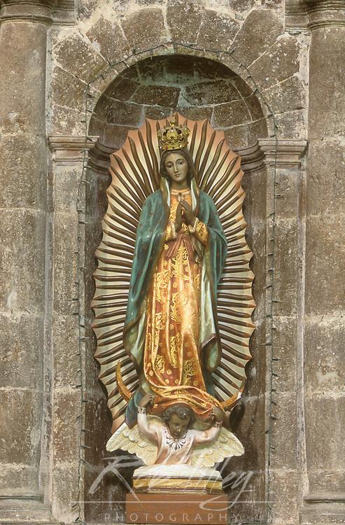Mexico, Baja California Sur, San Ignacio, Mission San Ignacio Kadakaanman, Statue of Mary