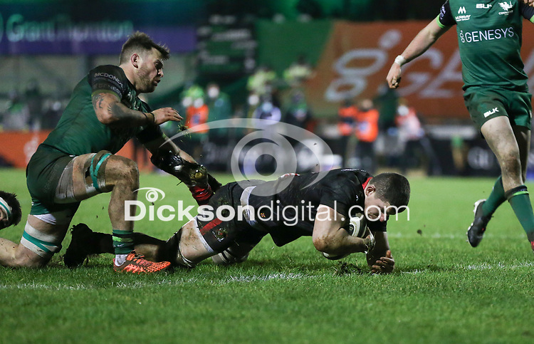 27th December 2020 | Connacht  vs Ulster <br /> <br /> Nick Timoney scores Ulster's second try during the Guinness PRO14 match between Connacht and Ulster at The Sportsground in Galway.Ireland. Photo by John Dickson/Dicksondigital