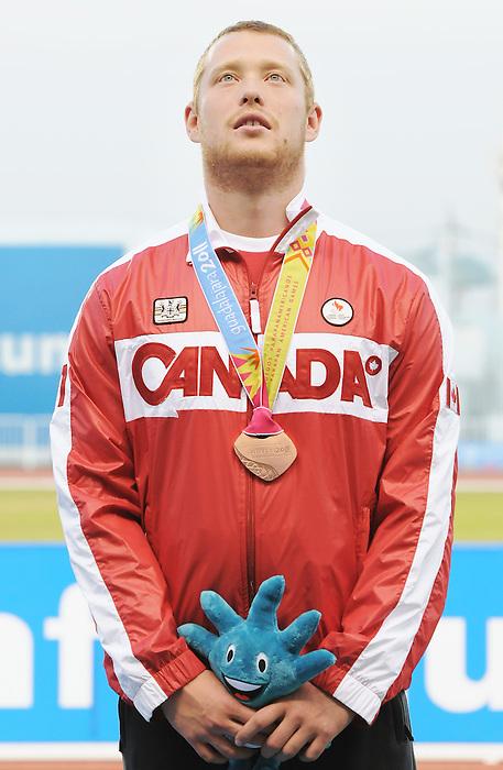 Alister McQueen, Guadalajara 2011 - Para Athletics // Para-athlétisme.<br /> Alister McQueen receiving his Bronze medal for Men's Javelin - F44// Alister McQueen recevant sa médaille de bronze au javelot masculin - F44. 11/17/2011.