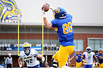 BROOKINGS, SD - MAY 8: Blake Kunz #88 of the South Dakota State Jackrabbits hauls in a touchdown pass against the Delaware Fightin Blue Hens on May 8, 2021 in Brookings, South Dakota. (Photo by Dave Eggen/Inertia)