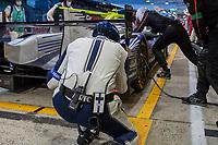Goodyear tyre technician , 24 Hours of Le Mans , Race, Circuit des 24 Heures, Le Mans, Pays da Loire, France